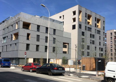 Les appartements dominent le quartier